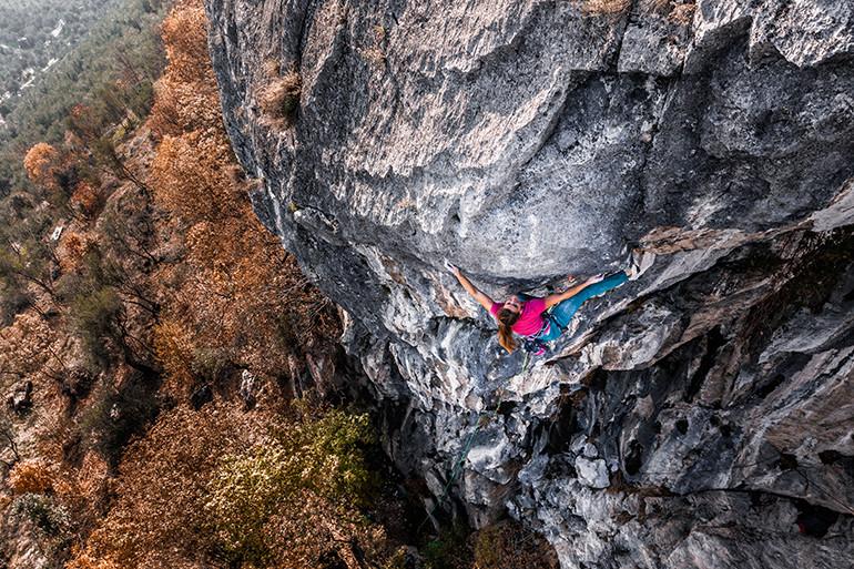 Anna Stöhr su roccia